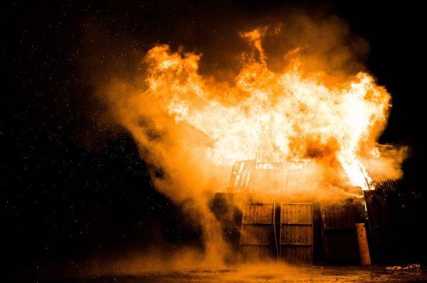 fire-1030751_1280